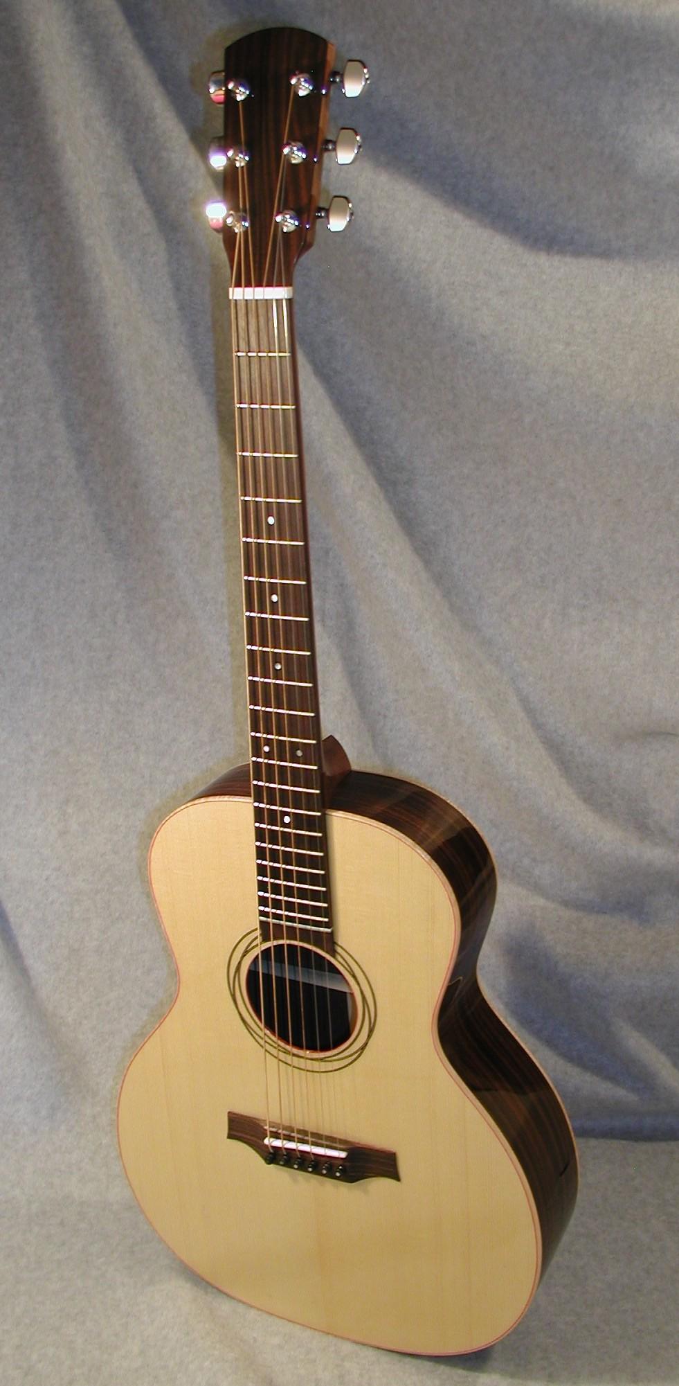 Alan Dunwell. Guitar builder.